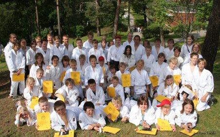 Suuren budoleirin ryhmäkuva 2008.